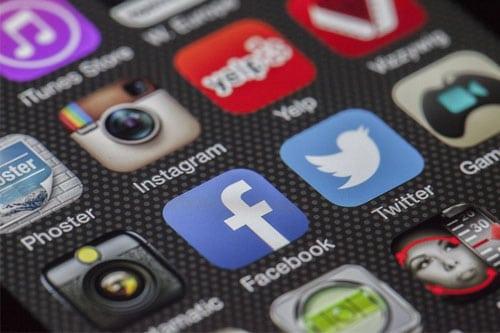 Instagram Facebook nouveaux outils